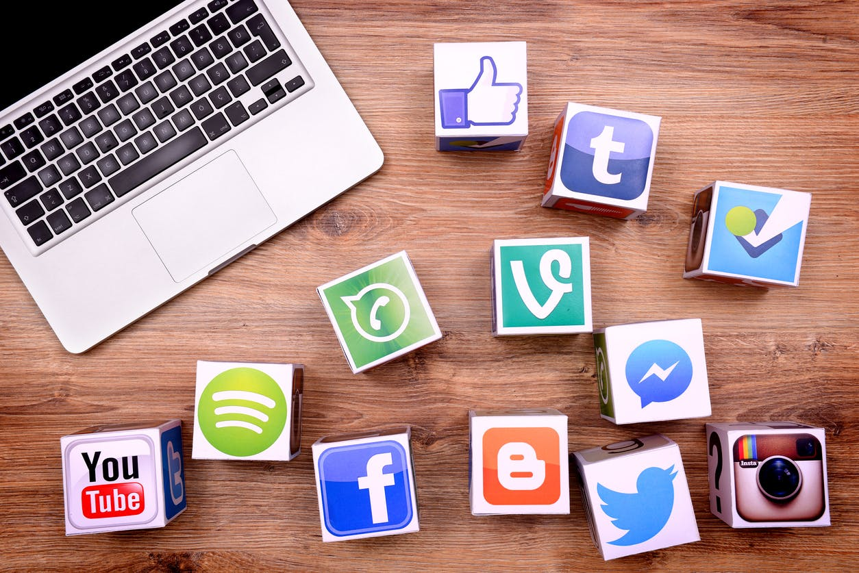 پایش شبکه های اجتماعی